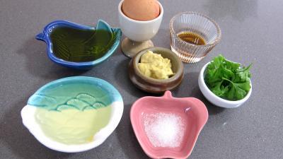 Ingrédients pour la recette : Mayonnaise aux 2 huiles