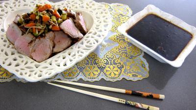 fond de veau : Plat de cochon et son filet avec sa sauce au parfum de Chine