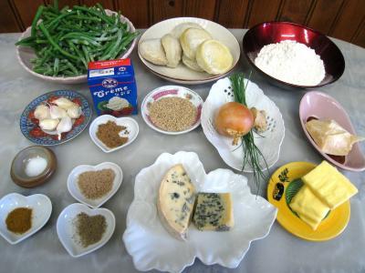 Ingrédients pour la recette : Crumble aux haricots verts et sa crème d'ail