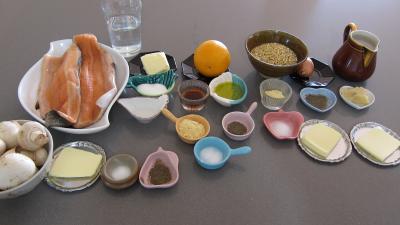 Ingrédients pour la recette : Effilochés de truite et son quinoa en risotto aux champignons