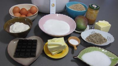 Ingrédients pour la recette : Cupcakes au chocolat à la friteuse Airfryer