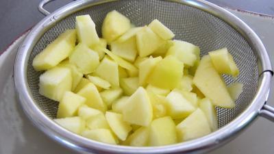 Chou rouge aux pommes et crudités - 3.4