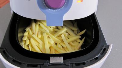 Frites régime avec la friteuse Airfryer - 2.4