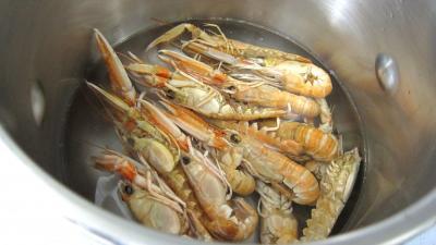 Crustacés et poisson en marmite - 1.2