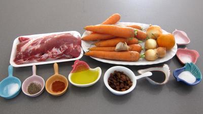 Ingrédients pour la recette : Mignon de porc aux carottes et sa sauce aux clémentines