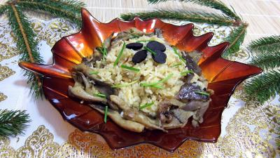 Image : Saladier de pleurotes en risotto  la truffe