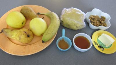 Ingrédients pour la recette : Tatin de pommes, poires, banane