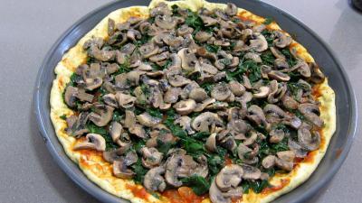 Pizza aux épinards et aux champignons - 8.3