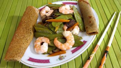 plat complet : Plat d'haricots plats et gambas à la chinoise