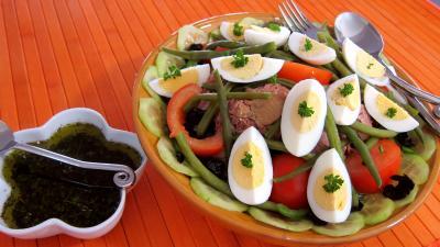 Recette Saladier de salade niçoise et sa sauce