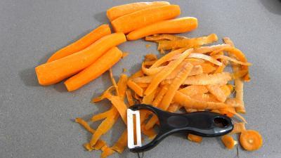 Allumettes de carottes et topinambours en salade - 1.4