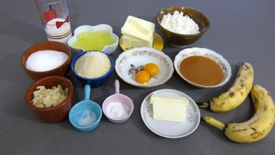 Ingrédients pour la recette : Gâteau aux amandes et aux bananes