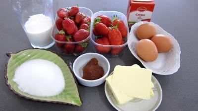 Ingrédients pour la recette : Glace aux fraises