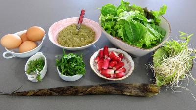 Ingrédients pour la recette : Oeufs durs à la tapenade