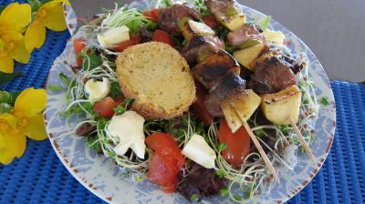 Recette Magrets en brochettes à la plancha en salade
