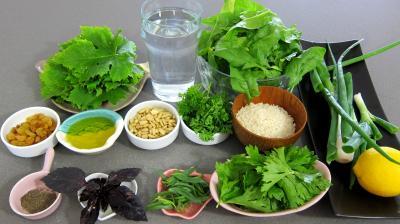 Ingrédients pour la recette : Dolmas aux épinards revisités