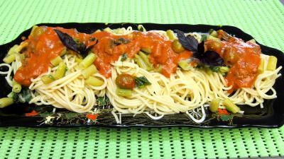 Image : Plateau de pâtes spaghettis aux haricots beurre