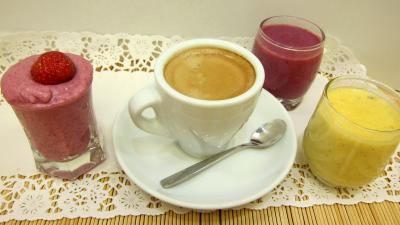 framboise : Coupes de crème glacées en café gourmand