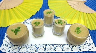 Recette Verrines amuse-bouche ou entrée froide de gazpacho andalou aux poivrons verts