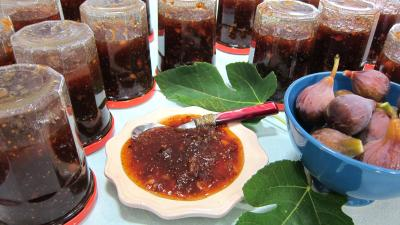 Recette Coupelle de confiture de figues aux mendiants