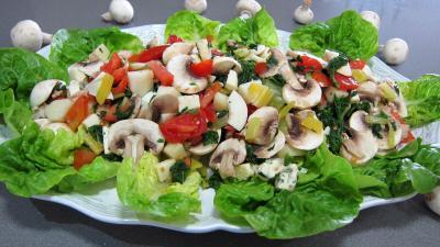 champignon : Plat de bettes en salade