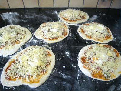 Mini-pizzas à la tomate et au chèvre - 9.1