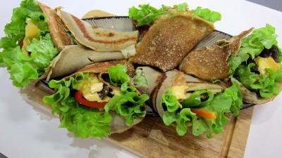 crêpe salée : Plat de crêpes aux coeurs de canard