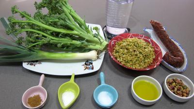 Ingrédients pour la recette : Blé aux brocolis et aux pistaches