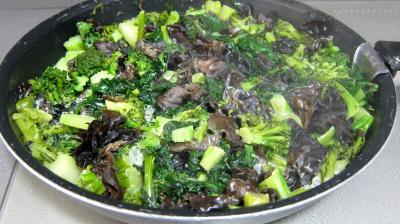 Crêpes farcies aux brocolis, épinards et champignons noirs - 7.1