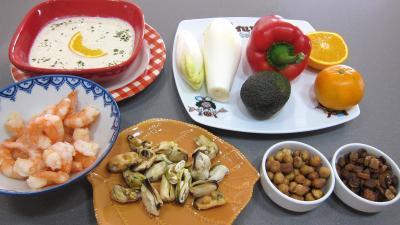 Ingrédients pour la recette : Endives et orange, mandarine en salade