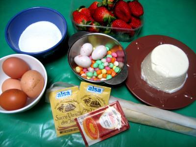 Ingrédients pour la recette : Tarte de Pâques aux fraises et à la brousse