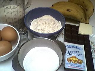 Ingrédients pour la recette : Gâteau au chocolat et aux bananes