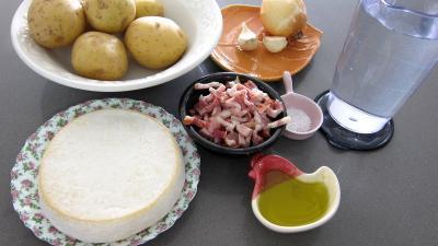 Ingrédients pour la recette : Tartiflette savoyarde