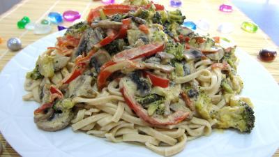 Recette Tagliatelle au poivron et champignons