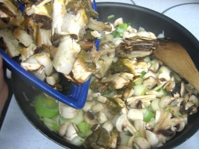 Pintade à la purée de maïs et champignons - 11.2