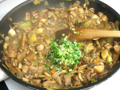 Pintade à la purée de maïs et champignons - 12.2