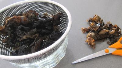 Champignons noirs en tarte - 2.3
