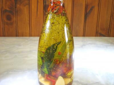 Image : Huile pimentée en bouteille
