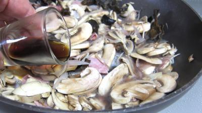 Oeufs au vin rouge et champignons - 6.3