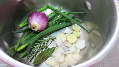Bouillon de légumes à l'oignon rouge - 4.1