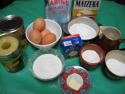 Ingrédients pour la recette : Gâteau aux ananas