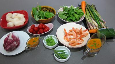 Ingrédients pour la recette : Noix saint Jacques en salade