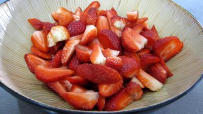 Verrines de fraises à la chantilly meringuée - 2.1