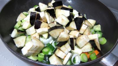 Concombre, poireaux et calamars à l'aigre-doux - 6.2