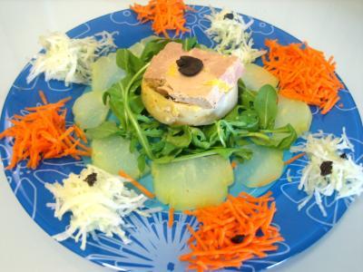 chayotte : Foie gras en salade chayotte et truffe