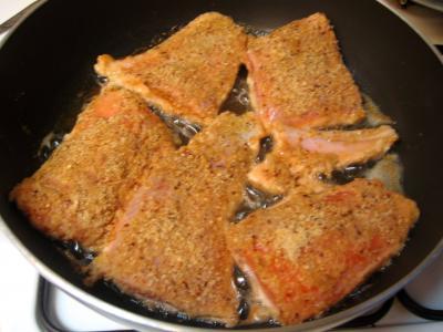Filets de truite panés aux noisettes - 6.3