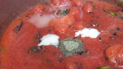 Sauce tomates aux olives (conserve) - 7.1