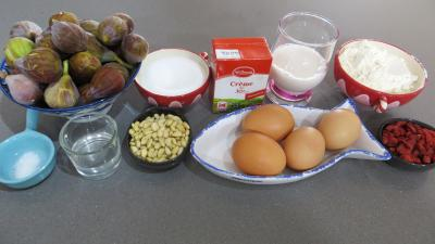 Ingrdients pour la recette : Clafoutis aux figues