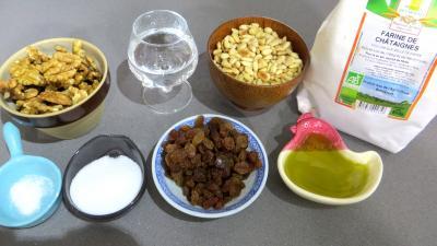 Ingrédients pour la recette : Castagnaccio
