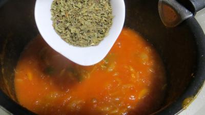 Tagliatelles fraîches aux épinards et sa sauce au vésuve - 7.2